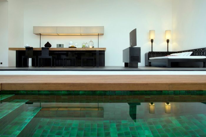 Luxury and private pool villa accommodation at The Library Koh Samui Boutique Resort Chaweng Beach - a member of Design Hotels.