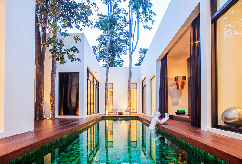 The 2-Bedroom Secret Pool Villa offers the exclusivity of a private home with spacious comfort for hosting 2 couples traveling together, a small family or a group of friends. Key features include 2 luxurious master bedrooms with custom-made 11-feet wide beds, dedicated living and dining spaces, a private gym, an oversized Jacuzzi bathtub and 10-meter long saltwater swimming pool among others.